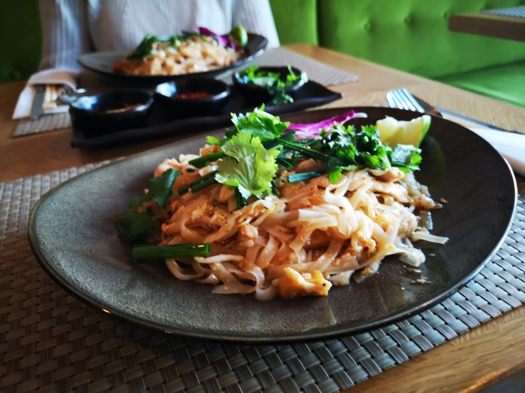 pad thai mythai
